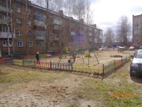 детские площадки ул.Гайдара, д.2-д12